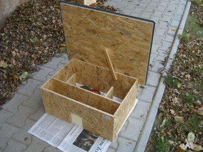 katzensicheres igelfutterhaus 1 bild anklicken. Black Bedroom Furniture Sets. Home Design Ideas